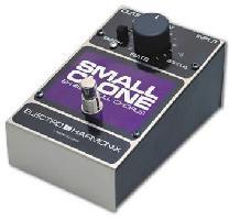 Electro Harmonix Small Clone。