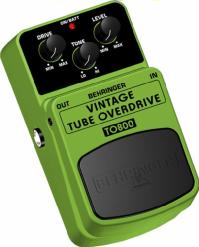 BEHRINGER VINTAGE TUBE OVERDRIVE TO800。